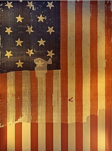 451px-Star_Spangled_Banner_Flag_on_display_at_the_Smithsonian's_National_Museum_of_History_and_Technology,_around_1964